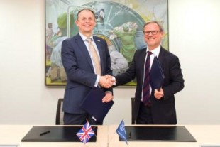 Signature of ESA UK Collaborative Ground Segment Cooperation agreement