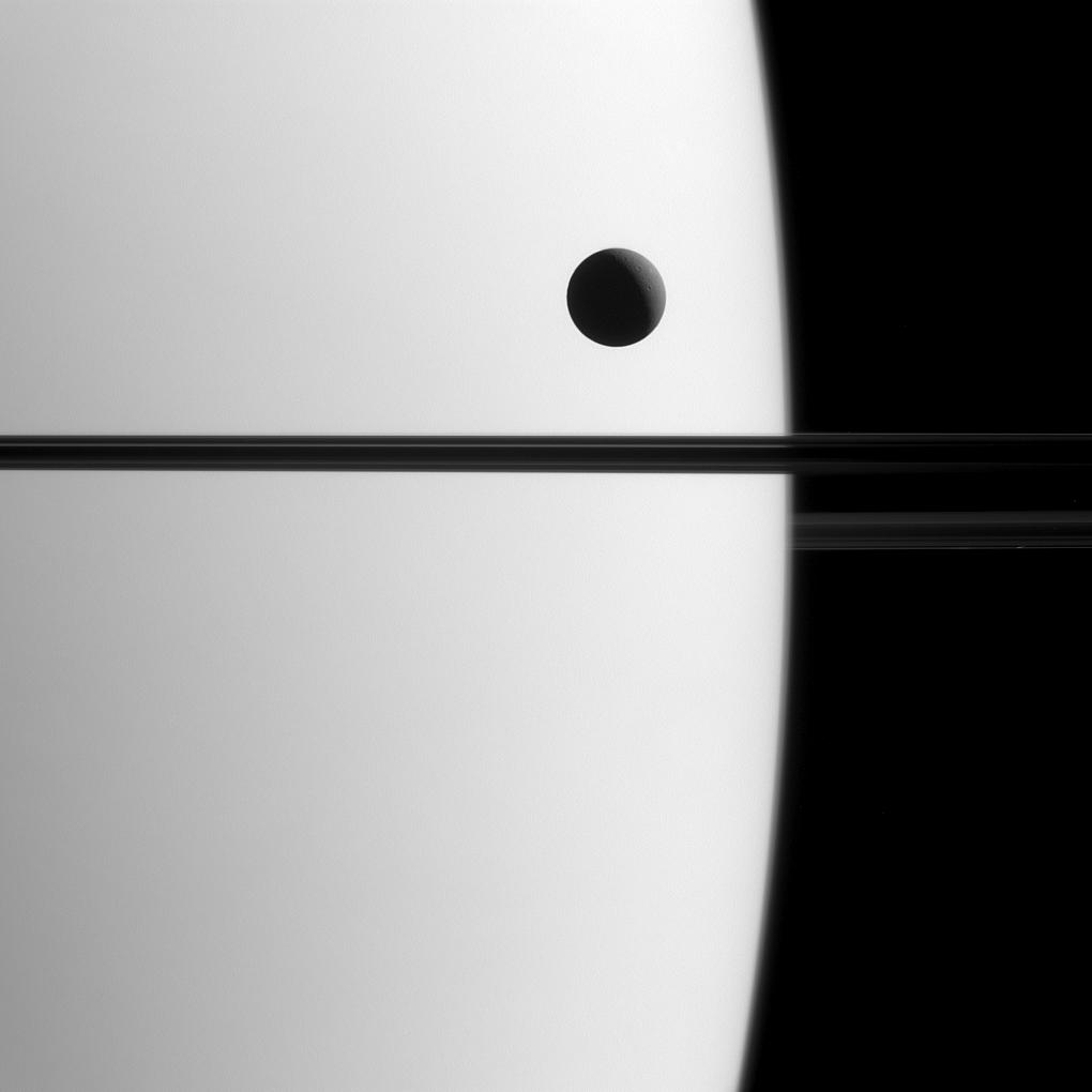 Saturn's 4th largest moon, Dione, orbiting Satrun/ Credit NASA/JPL-Caltech/Space Science Institute